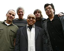 Yellowjackets featuring Mike Stern